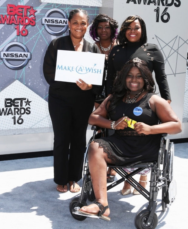 062616-beta-red-carpet-Make-A-Wish-Foundation-winners